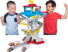 Spin Master Paw Patrol True Metal Adventure Bay Playset